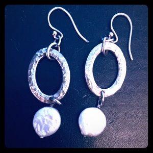 Vintage Silpada Pearl .925 Earrings!